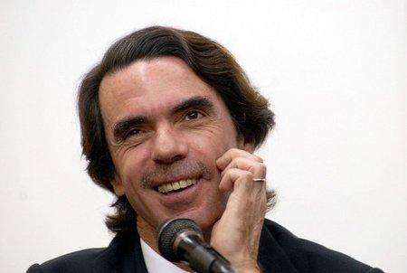 """Aznar lanza a la red un """"exhaustivo archivo"""" de sus intervenciones cerrado a cualquier comentario"""