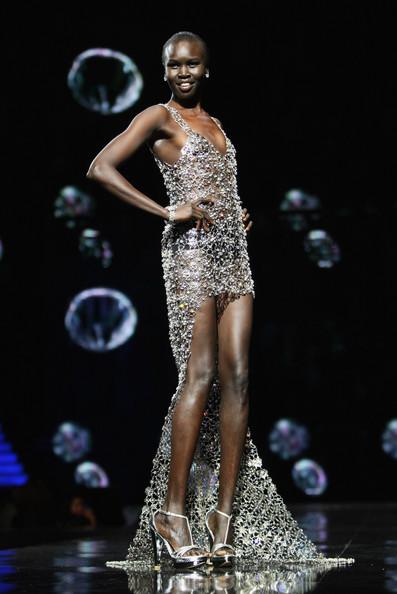 Alek Wek, de refugiada sudanesa a supermodelo