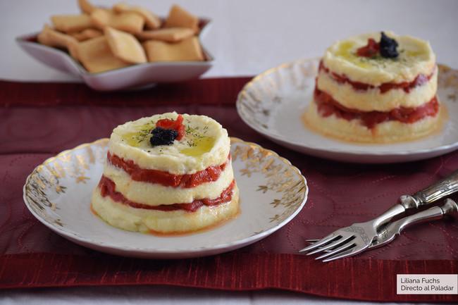 Timbal de brandada de bacalao confitado con pimientos del piquillo: receta fácil para un primer plato de fiesta