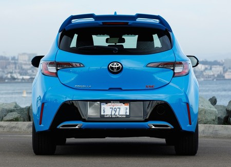 Toyota Corolla Hatchback 2019 18