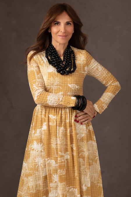 Vestido de By Leclair y fotografía realizada por Elisabeth Serra.