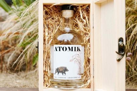 Atomik: un vodka hecho en Chernóbil es el primer producto fabricado en la zona de exclusión tras la catástrofe