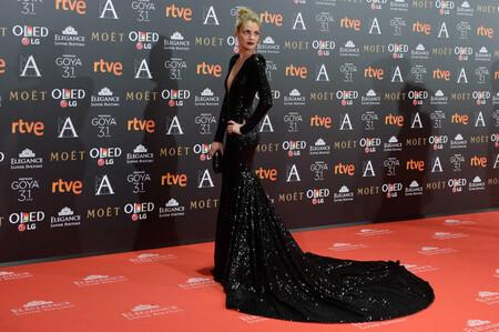 Los 33 vestidos más impresionantes y memorables de la historia de los Premios Goya