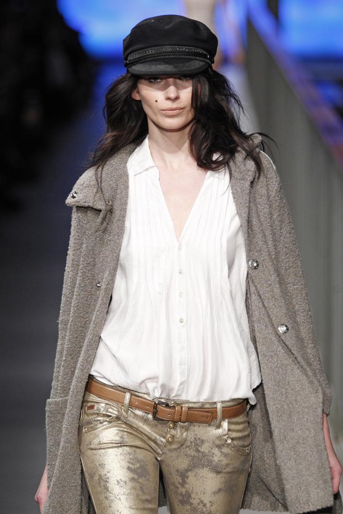 Foto de TCN Otoño-Invierno 2014/2015 en la 080 Barcelona Fashion (45/120)