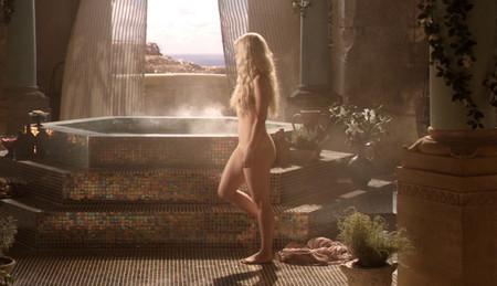 Emilia Naked 1280x736