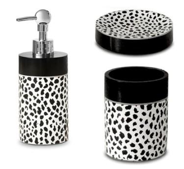 Accesorios animal print para el baño de Donna Karan