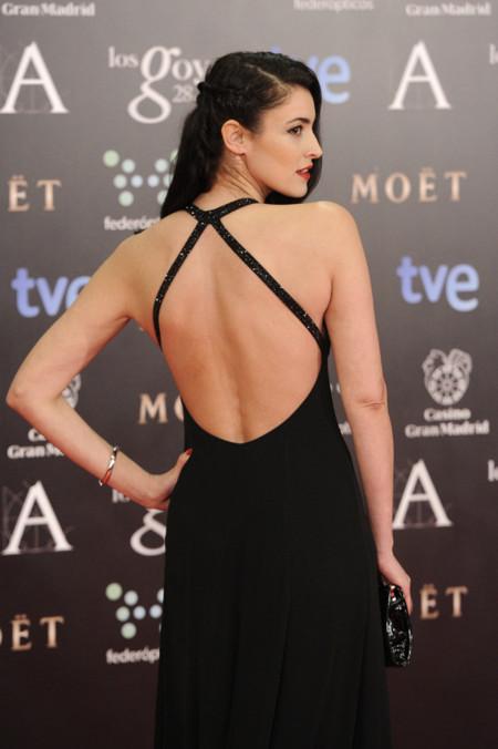Premios Goya 2014 vestidos con escotes en la espalda. Blanca Romero de Giorgio Armani