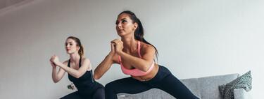 Cuatro ejercicios en casa y sin material para conseguir unas piernas más fuertes