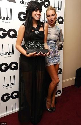 Lily Allen premiada como 'Mujer del año' por GQ y Kate Moss liándola parda