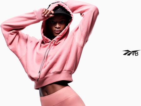Reebok vuelve a colaborar por quinta vez con la diseñadora y empresaria Victoria Beckham en el lanzamiento de su drop five.