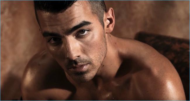 Joe Jonas 2017 Guess Underwear Campaign Video Stills 002