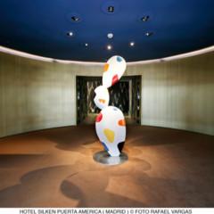 Foto 2 de 9 de la galería hotel-puerta-america-mariscal-y-salas en Decoesfera