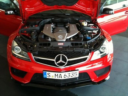 Mercedes C63 AMG Black Series Coupe4