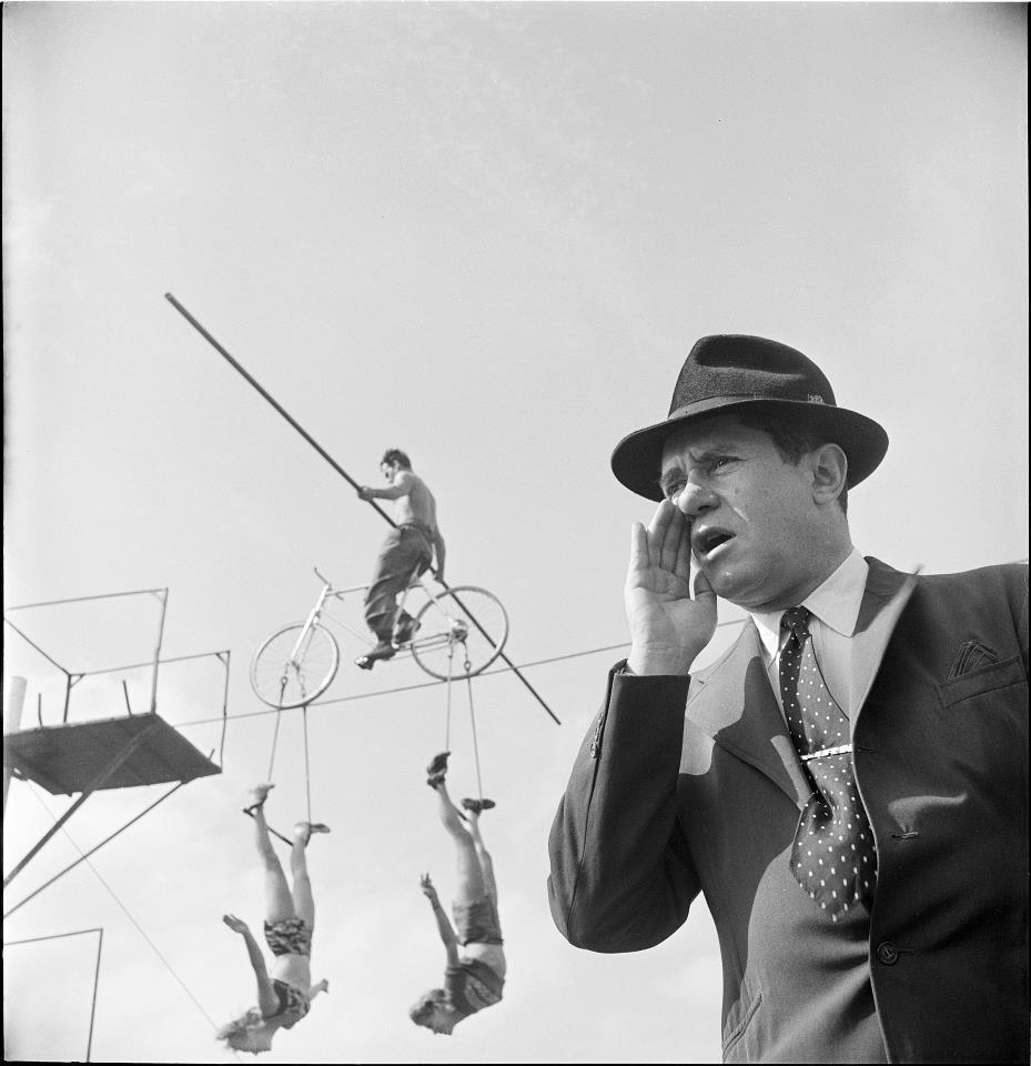 Foto de Stanley Kubrick, un mito del cine fotografiando el mundo del Circo (4/8)