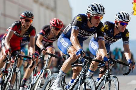 Rastrillo Retto: cascos, zapatillas y maillots de ciclismo con descuentos de hasta el 50%
