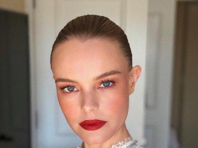 Blanca y radiante va Kate Bosworth (en los Critics' Choice Awards 2018)