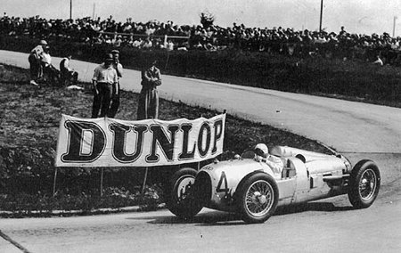 1934_gp_acf_montlhery_hans_stuck_auto_union_a_dnf_32_laps_engine_2