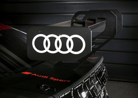 Audi RS3 LMS 5