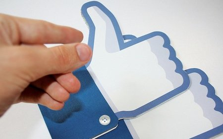 """Facebook quiere que el """"Like"""" se encuentre en la constitución de Estados Unidos"""