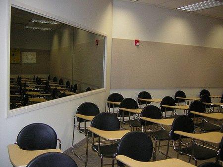 Andalucía pagará por volver a los estudios ¿es tal desperdicio?