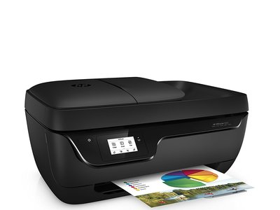 Impresora multifunción HP OfficeJet 3833, con conectividad WiFi y 4 meses de tinta gratis, por 49 euros