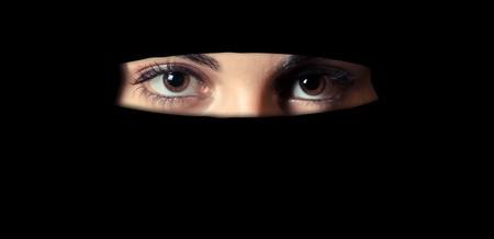 La violación en el mundo musulmán acaba castigando a la mujer. Para occidente, el mundo al revés.