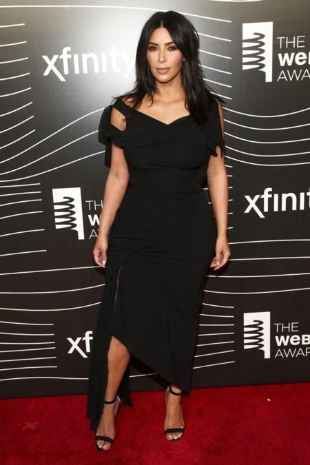 Kim Kardashian pierde 30 kilos tras el parto siguiendo la dieta Atkins. La analizamos.