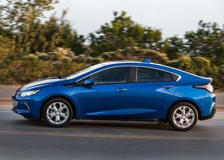 Chevrolet Volt 2016 1280 0b