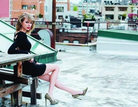 Taylor Swift vuelve a la carga con un nuevo perfume: Incredible Things