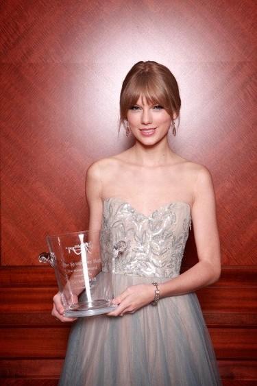 Taylor Swift, una joven princesa de Reem Acra