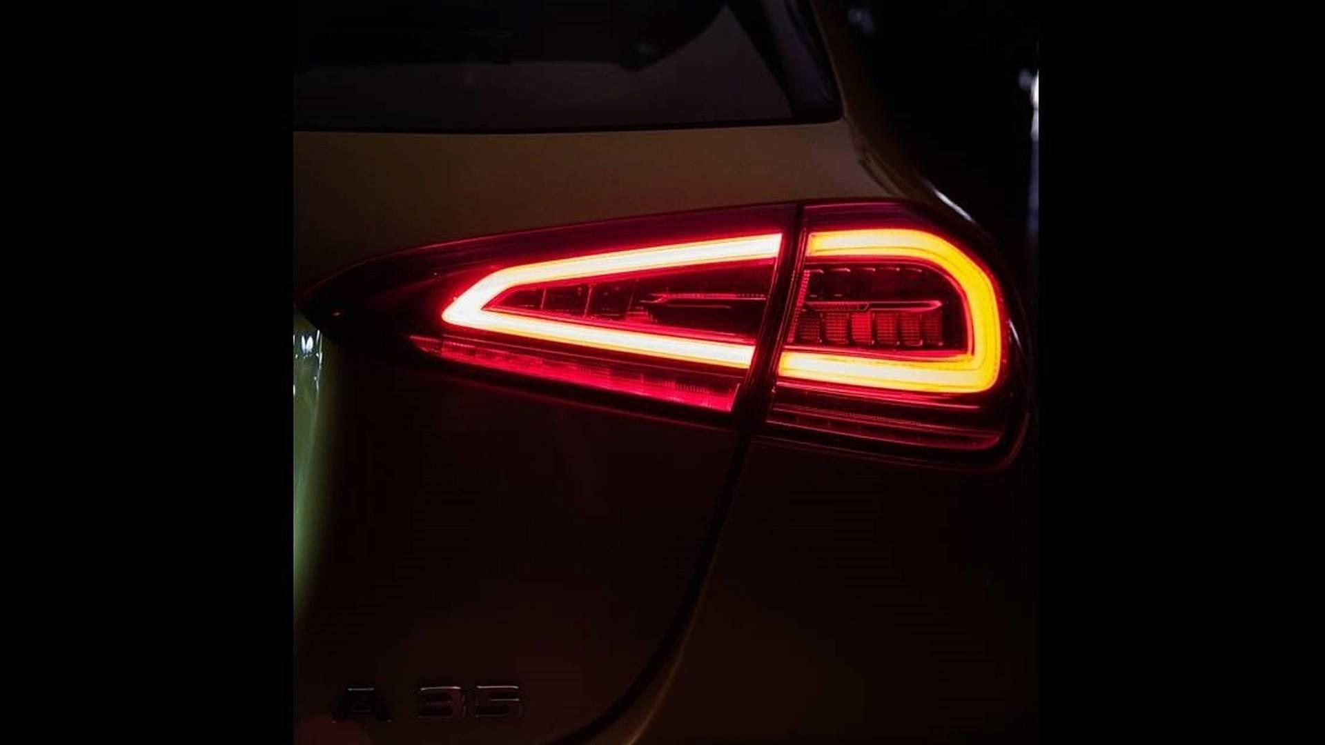 Foto de Mercedes-AMG A35 2019 teaser (5/7)