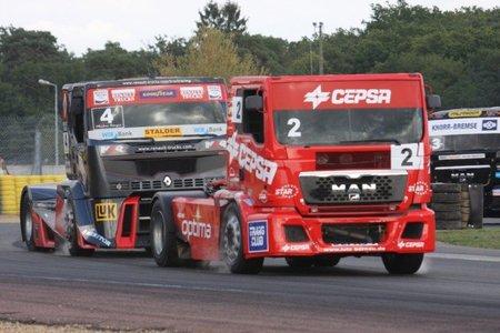 Antonio Albacete acaricia su tercer título