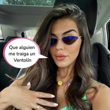 Violeta Mangriñán llora en Instagram: se queda encerrada en un avión y sufre un ataque de ansiedad