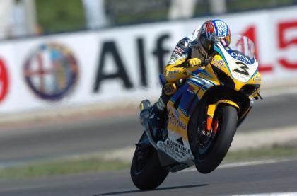 Max Biaggi se acerca a Ducati