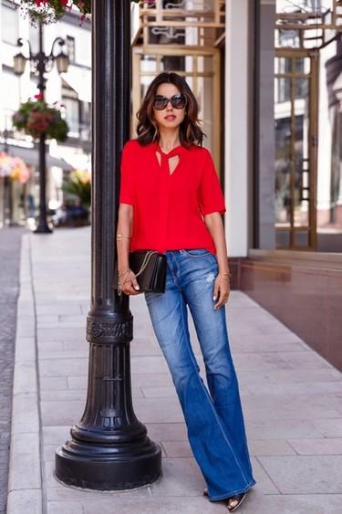 Quiero una femenina blusa con lazada. Flechazos de shopping