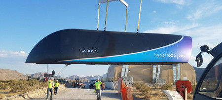 El Hyperloop One supera la primera prueba a escala completa, esto marcha