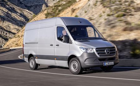 Así es la nueva Mercedes-Benz Sprinter: más turismo que nunca, pero también más capaz y eficiente