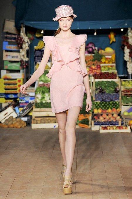 Pastel Moschino Cheap and Chic Primavera-Verano 2012