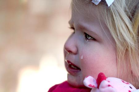 Cerebro del bebé y violencia infantil