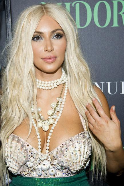 Kim Kardashian, esa rubia sirena de Halloween
