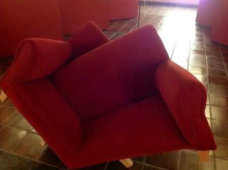 sofa-mnaadd.jpg
