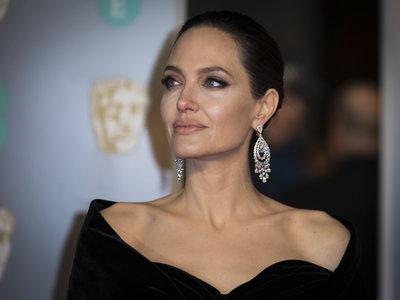 Angelina Jolie soberbia en los Bafta 2018