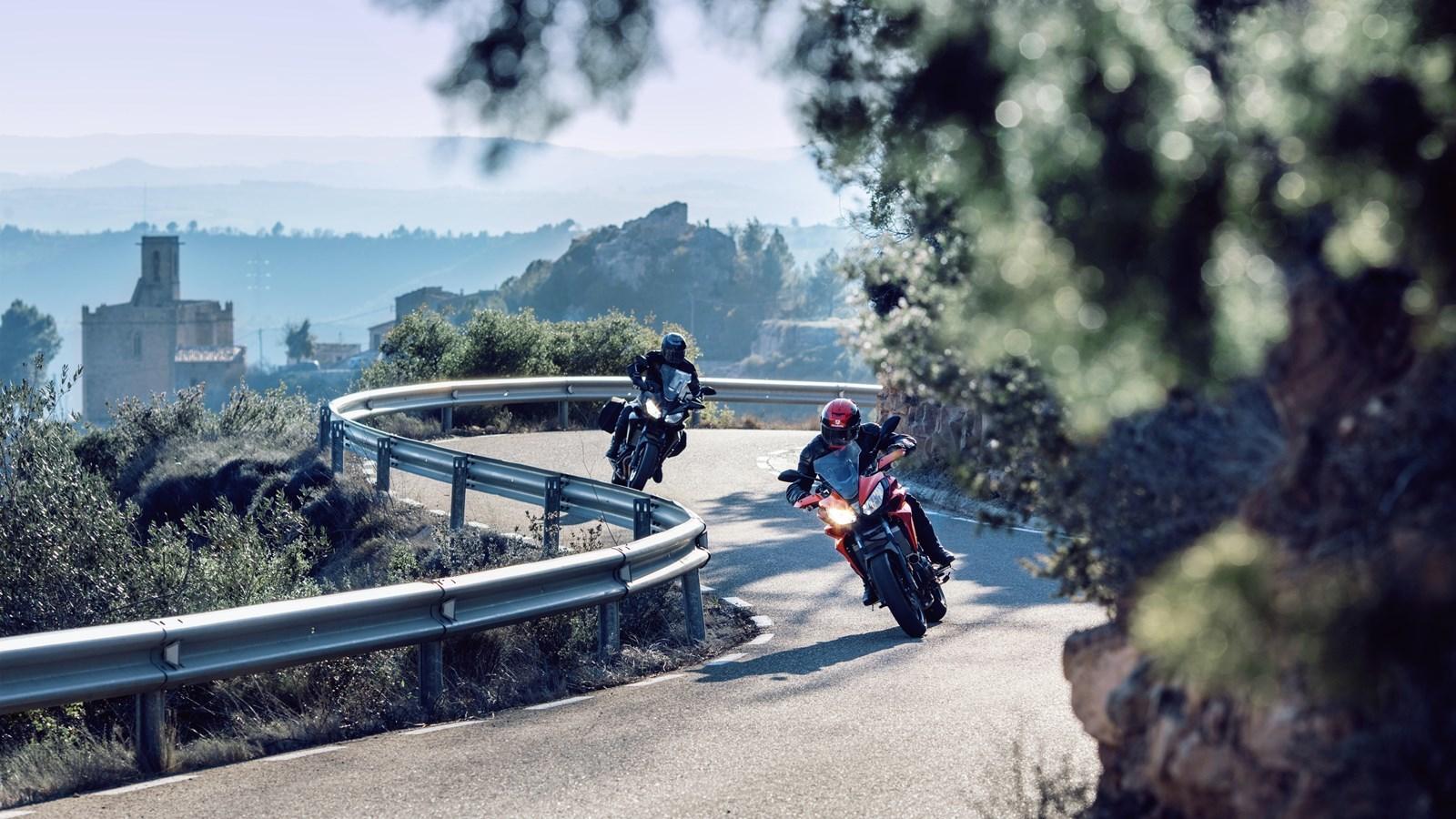 Foto de Yamaha Tracer 700 Acción y estáticas (15/26)