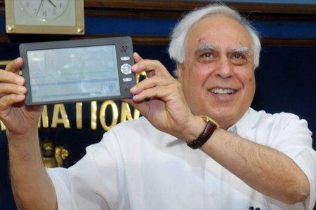 La tablet india de los 35 dólares en vídeo