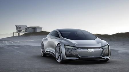 Audi Aicon: un concept que promete hasta 800 kilómetros de autonomía en un futuro sin accidentes