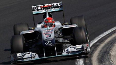 Según Derek Warwick, Michael Schumacher tuvo suerte de escapar de una sanción mayor