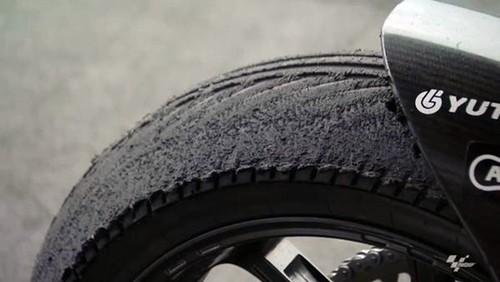 Dunlop nos cuenta algunos secretos de los neumáticos de Moto2