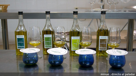 Cata de aceites monovarietales