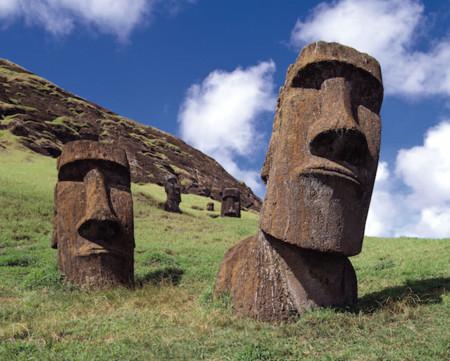 ¿Qué es lo que esconden las majestuosas cabezas de la Isla de Pascua?