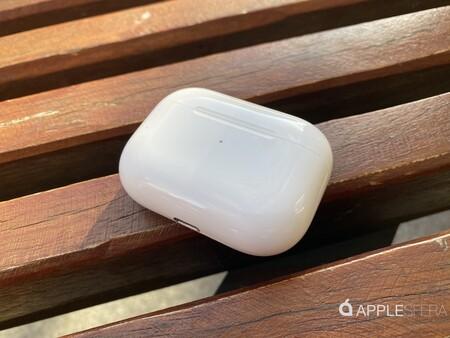 Filtran unos 'renders' de los AirPods 3 que supuestamente provienen de sus proveedores